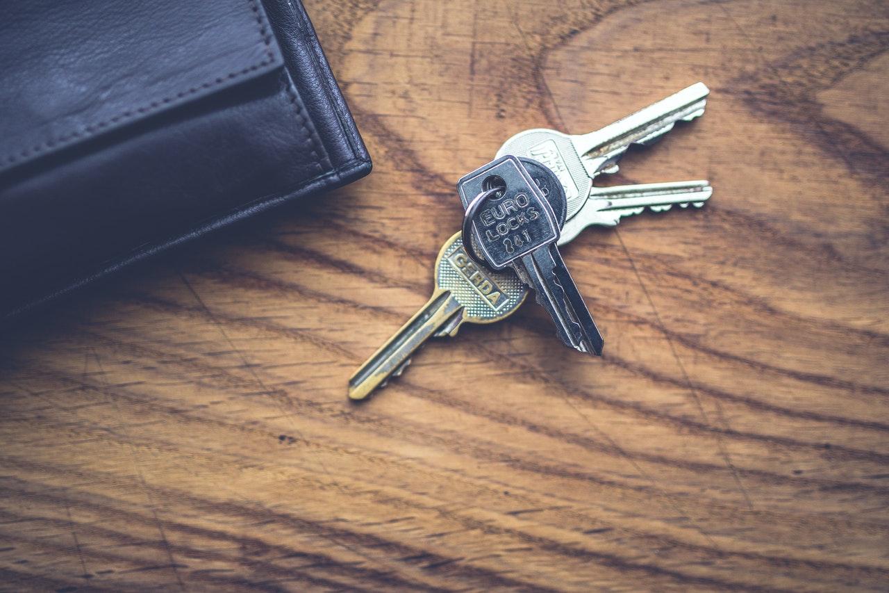 Schlüssel mit Mäppchen